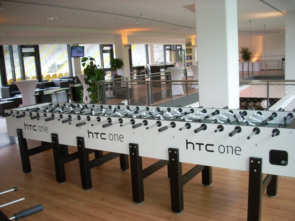 Kickerltafel xl12 htc reclame